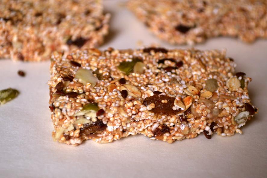 Quinoa Coconut Granola Bars